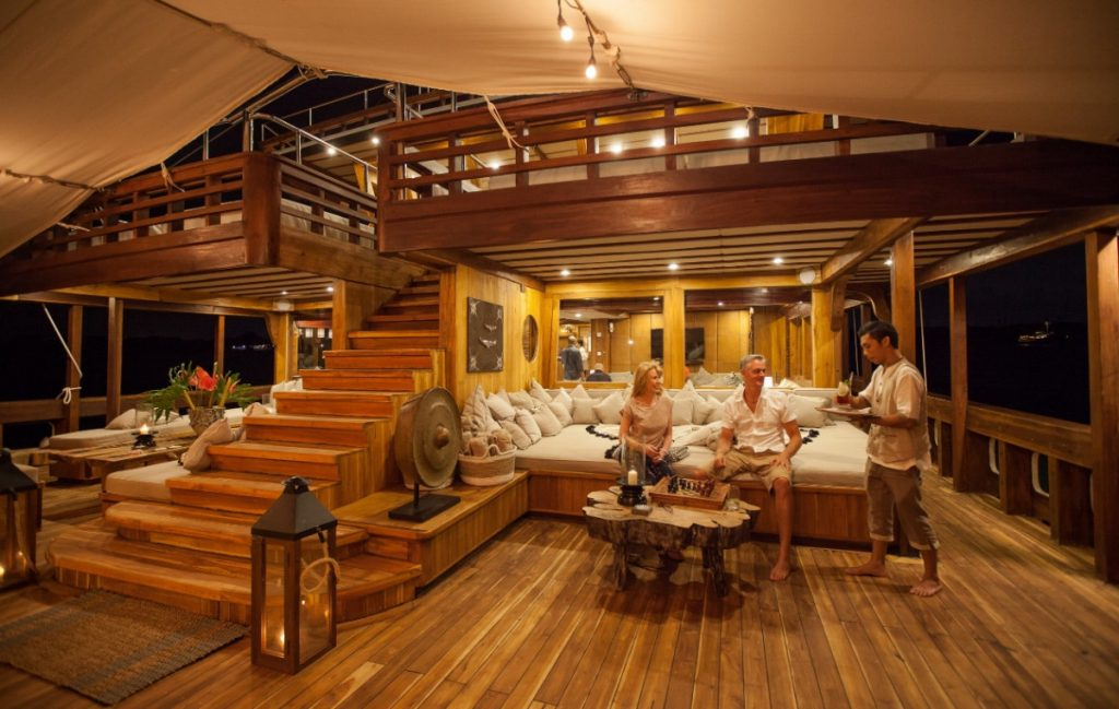 Making the Most of Your Luxury Time in Komodo Yacht Charter
