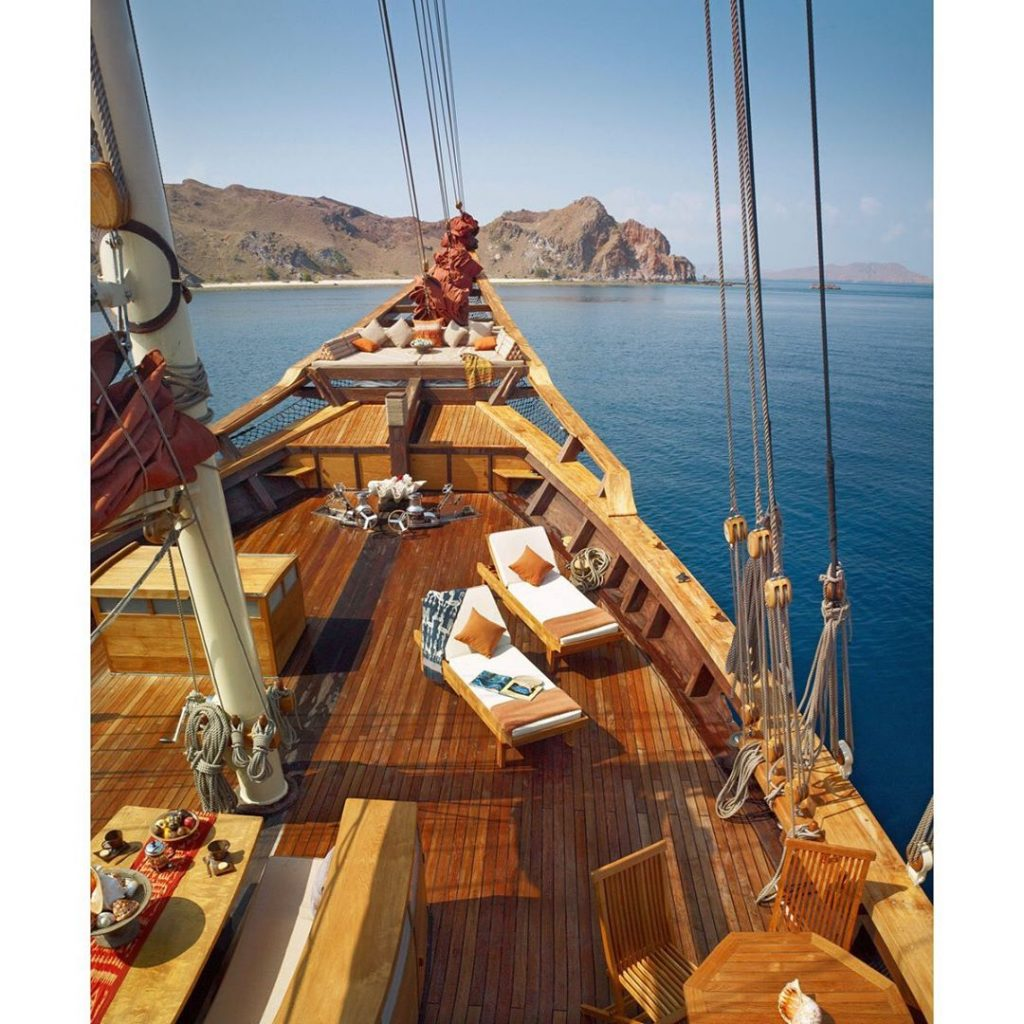 Komodo Boat Travel Could be the Most Memorable Things