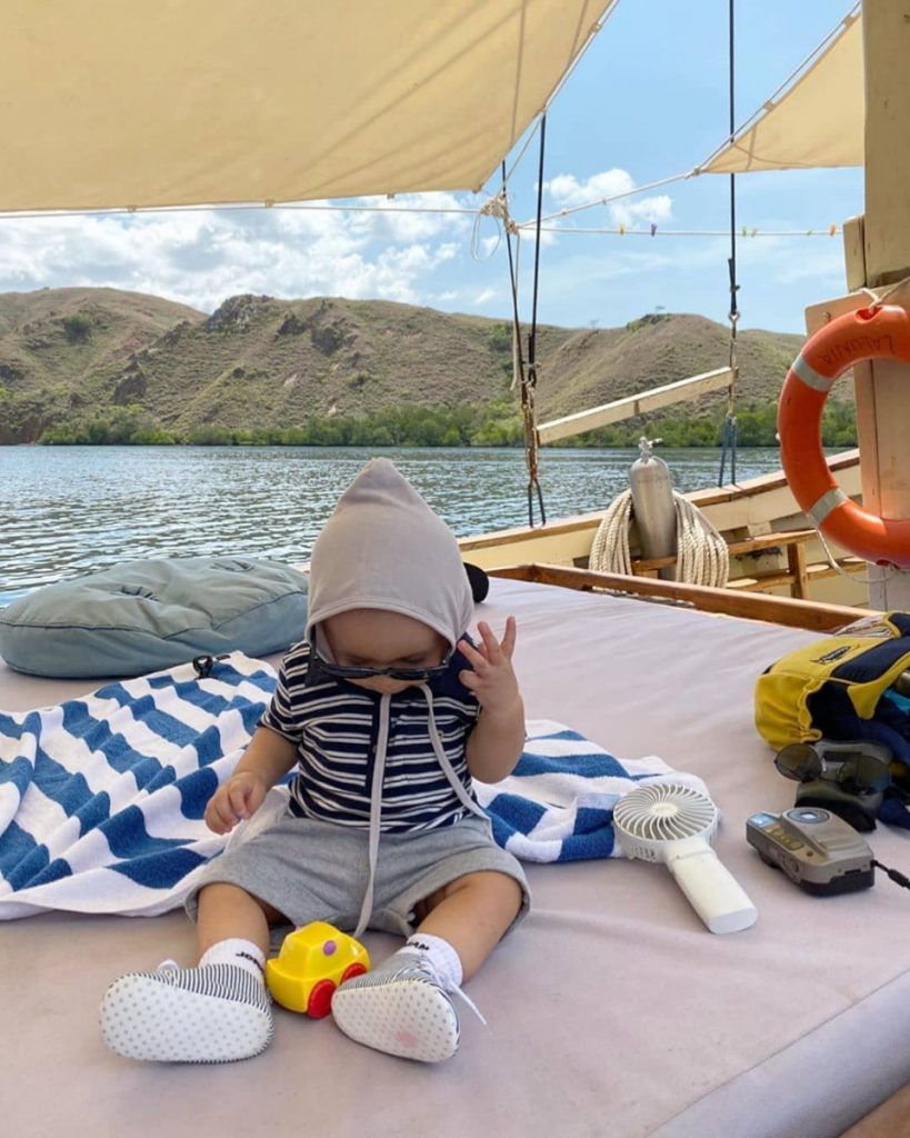 Eastern Indonesia Seafaring with Kids; Top Things to Do