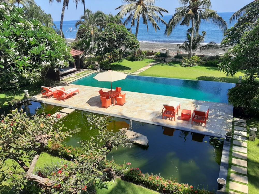 Beachfront Villa Bali